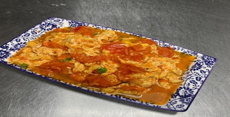 61. Stir Fried Egg w. Tomato 番茄炒鸡蛋 Image