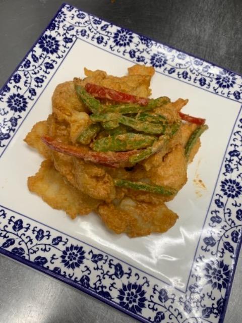 136. Crispy Golden Fish Filet 金沙鱼片