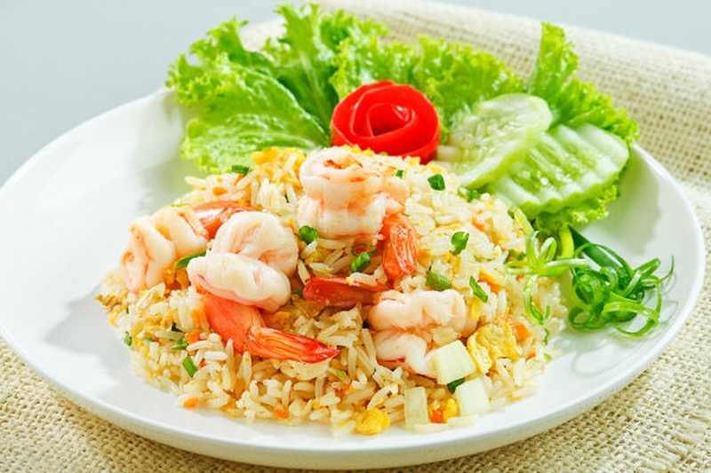 Thai Fried Rice (ข้าวผัด) Image