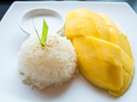 Sweet Sticky Rice w/ Mango Image