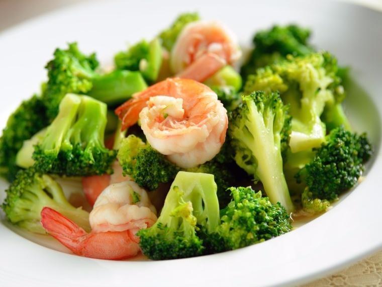 Pad Broccoli (คะน้า)