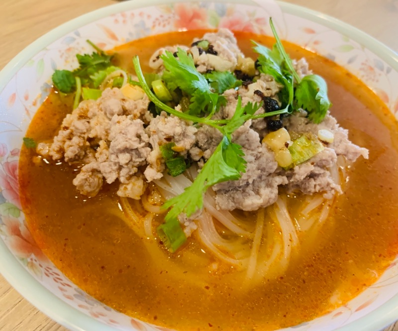 Tom Yum Noodles Soup (ต.ต้มยำ)