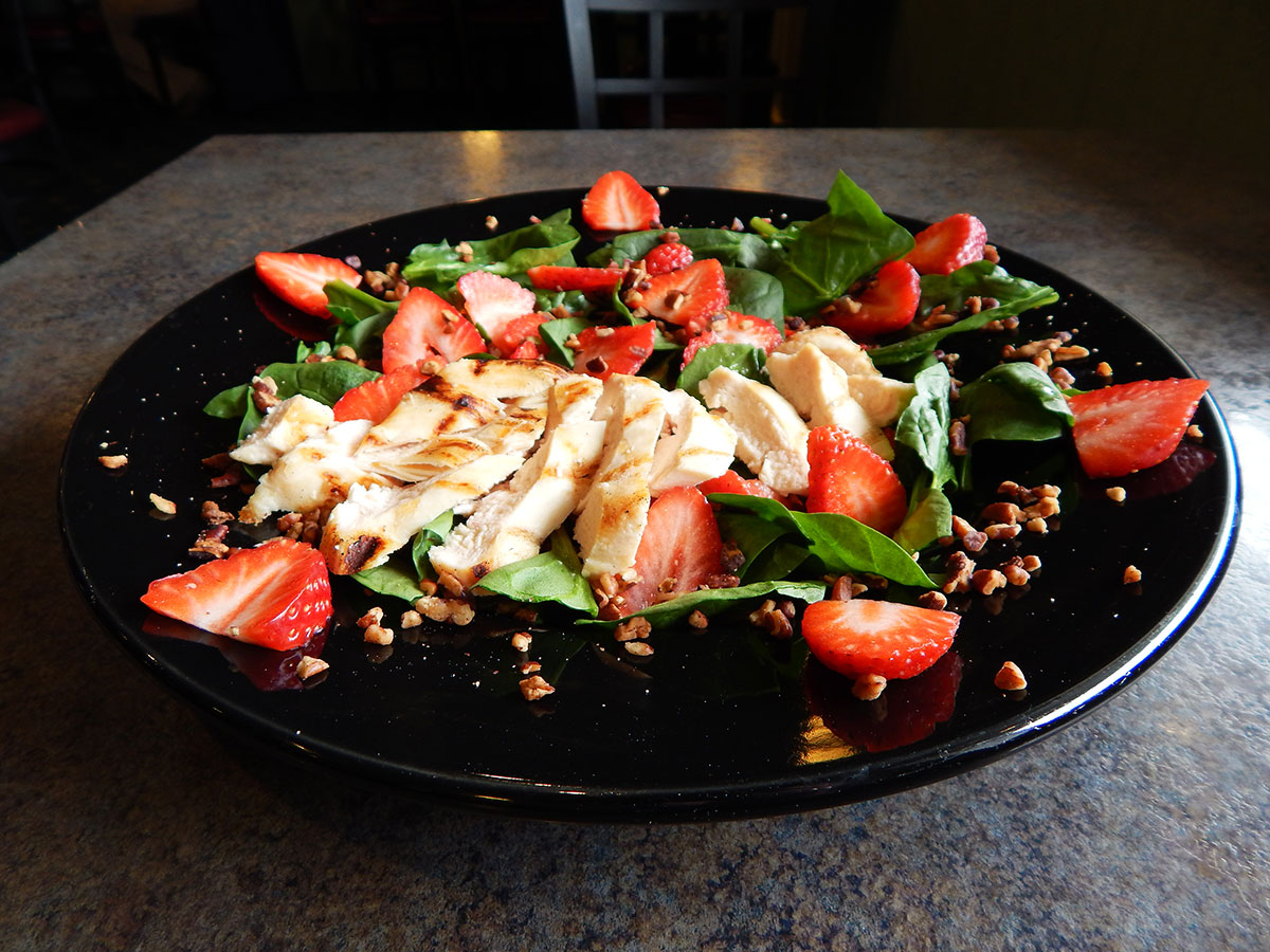 Nutty Spinach & Strawberry Salad Image
