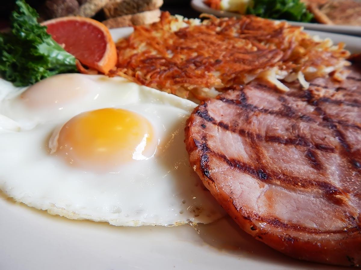 Natural Ham Steak & Eggs Image