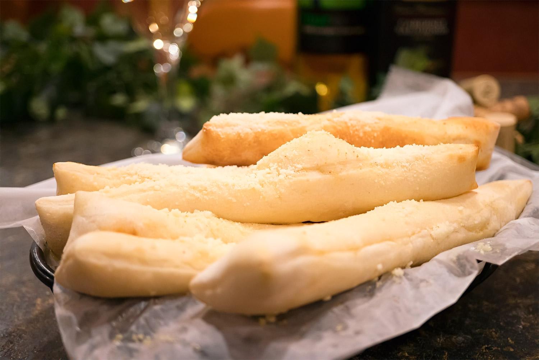 Sorrentos Garlic Spikes Image