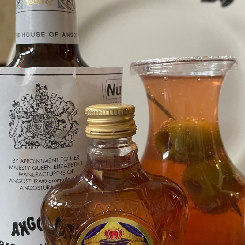 CROWN ROYAL WHISKEY OLD FASHIONED Image