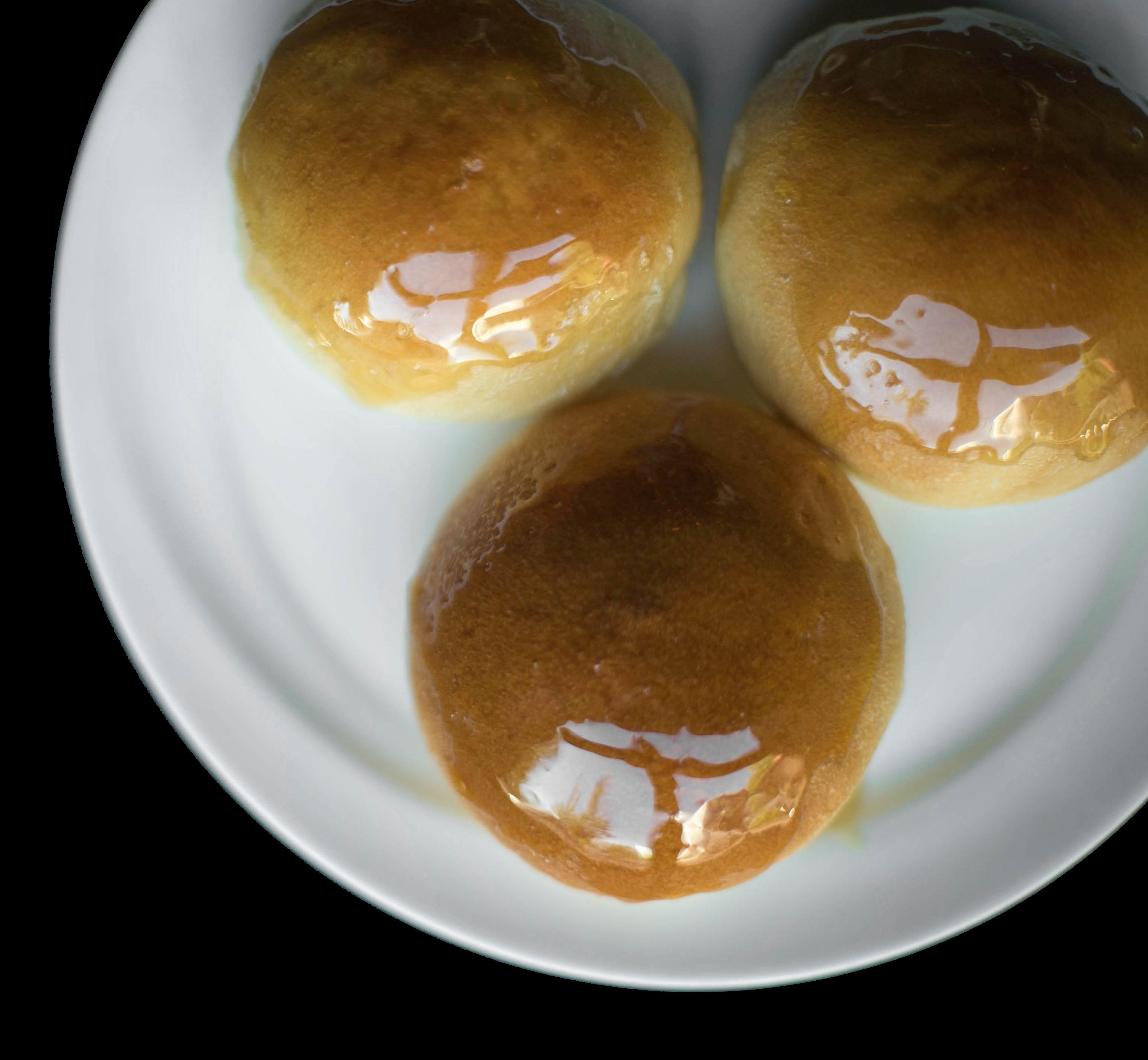 5. 焗叉烧包 Baked BBQ Pork Buns