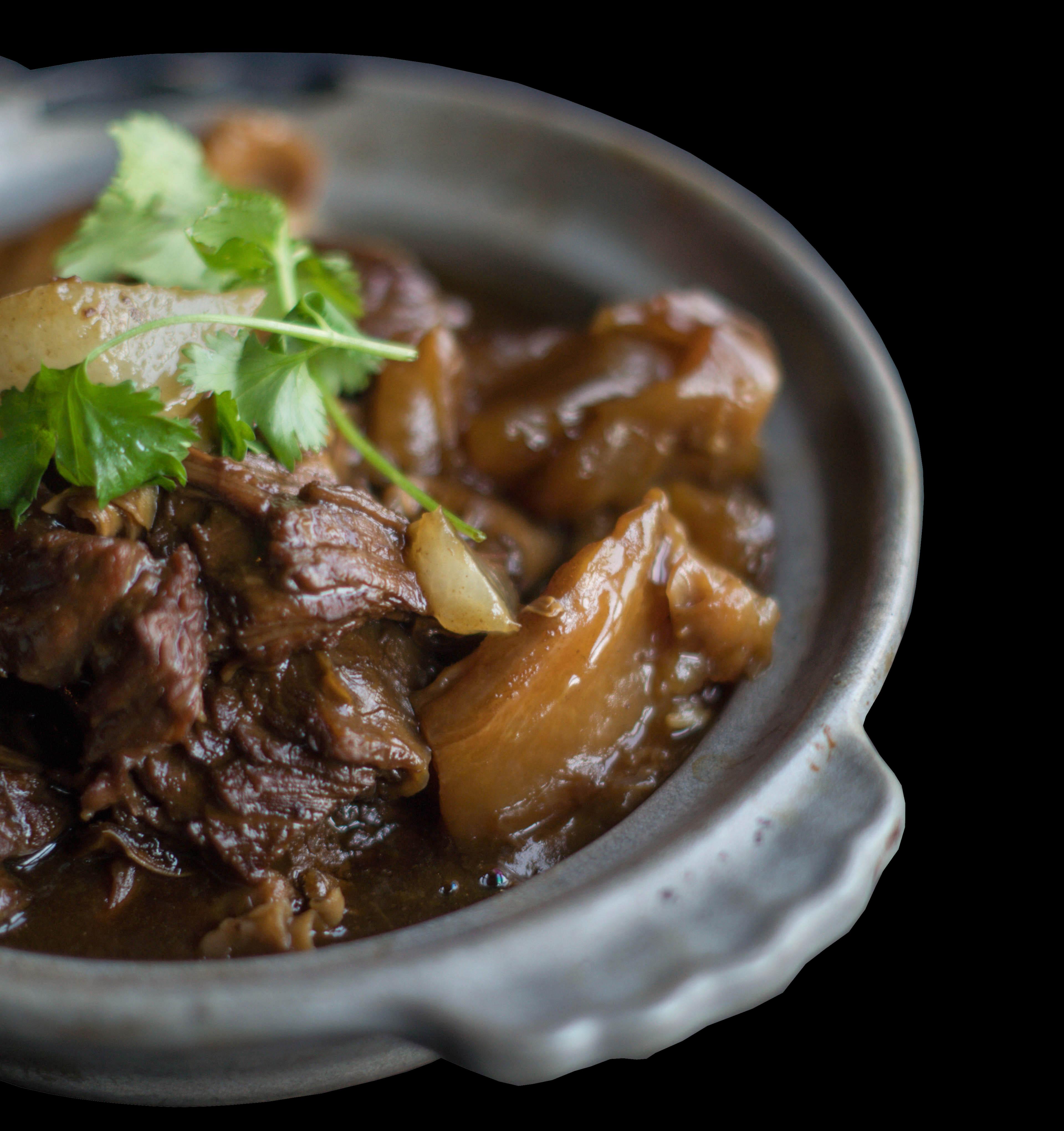 94. 牛腩焖土豆 Stewed Beef Brisket w/ Radish Potato