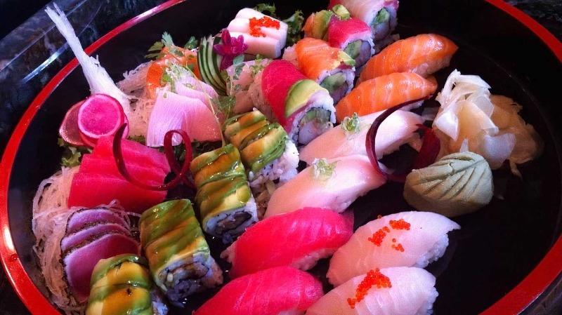 Sushi Sashimi Deluxe for 2 Image