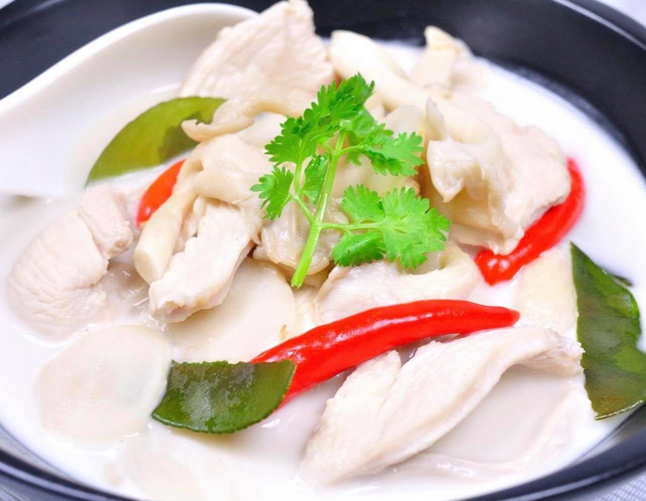 Tom Kha (Coconut Soup)