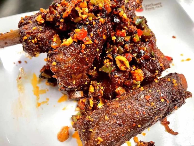 4. 霸王烤排 Bawang Grilled Pork Ribs