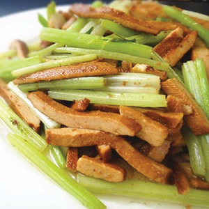 T35. Chinese Celery w. Dry Bean Curd 芹菜香干 Image