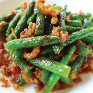 T09. String Bean w. Ground Pork 豬肉末炒四季豆