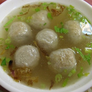 T03. Meat Ball Soup 貢丸湯