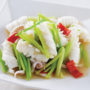 T28. Fresh Squid w. Chinese Celery 中芹花枝