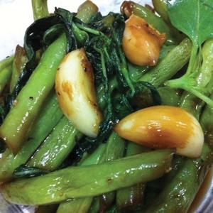 T33. String Bean w. Basil 九層塔四季豆