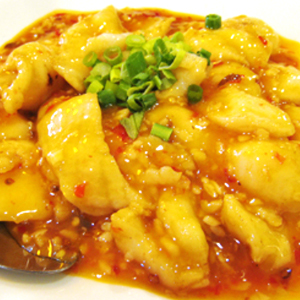 T25. Fish Filet w. Chef's Special Spicy Soy Bean Sauce 豆瓣魚片 Image
