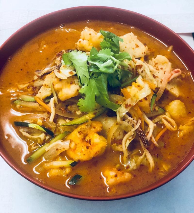 21. 三鲜炒马面 Seafood Noodle Soup Image