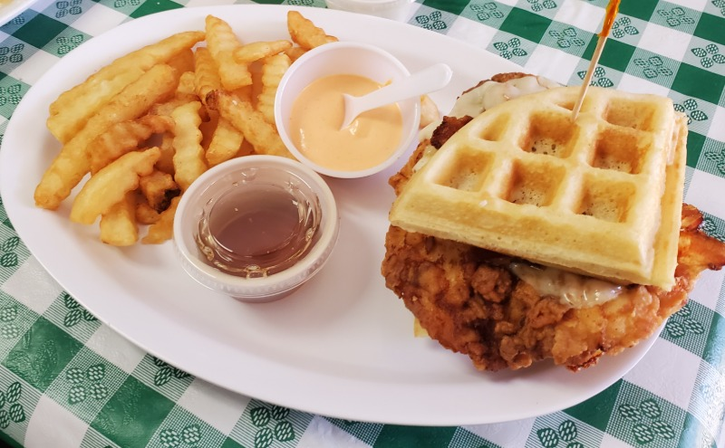 Special-CHICKEN/BACON & WAFFLE Sandwich w/ Choice Of Side Image