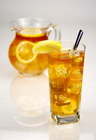 Large 22 oz. Freshly Brewed Iced Tea w/ FREE REFILLS Image