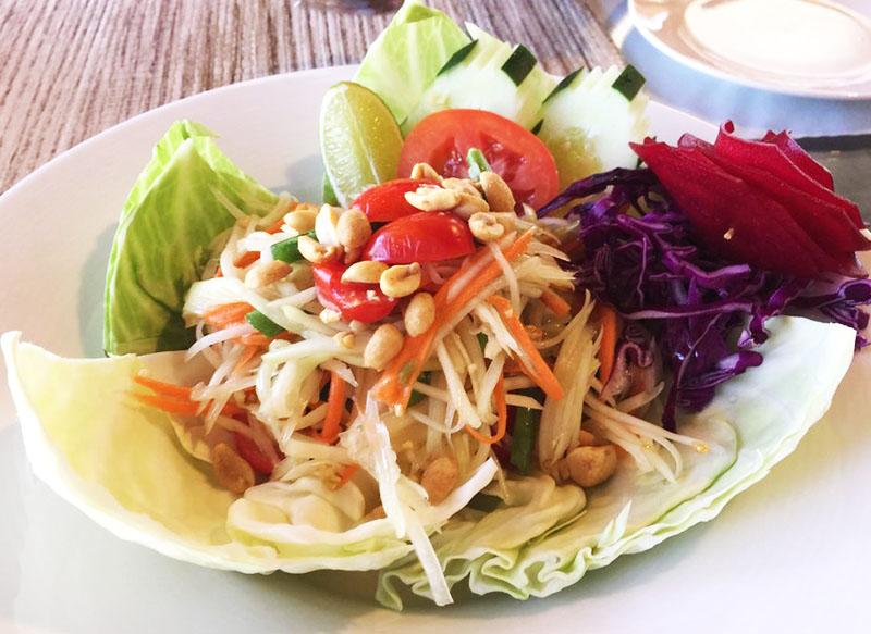 SL1. Som Tum (Papaya Salad) Image