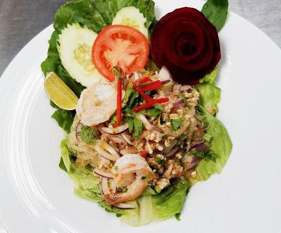 SL7. Yum Woon Sen (Clear Noodles Salad)