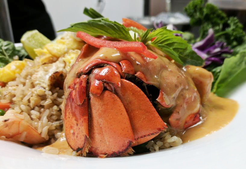 H1. Fried-Rice Lobster in red Curry Sauce