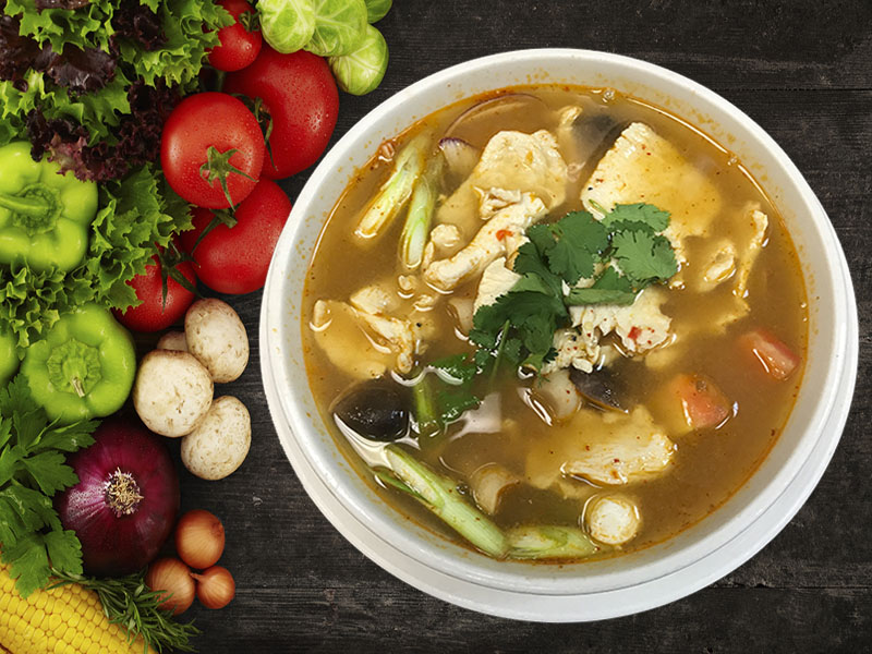(26) Tom Yum Gai