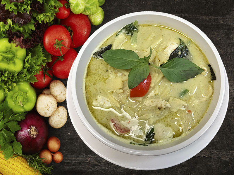 (31) Gang Khew Whan (Green Curry)