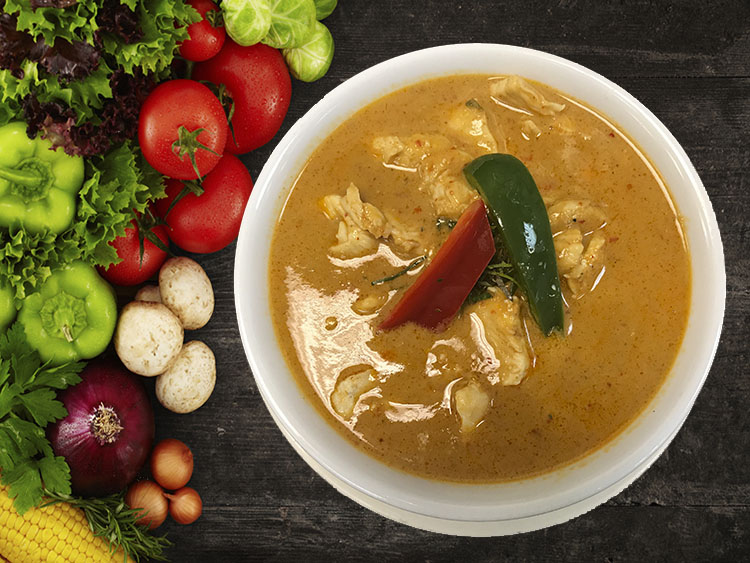 (32) Panang Curry