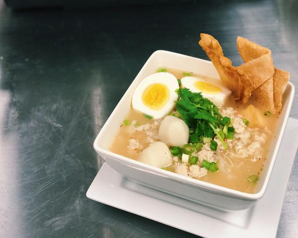 Tom Yum Noodle Soup (Thai Style) Image