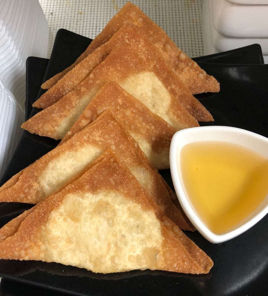 Golden Triangles (6 Pcs) Image