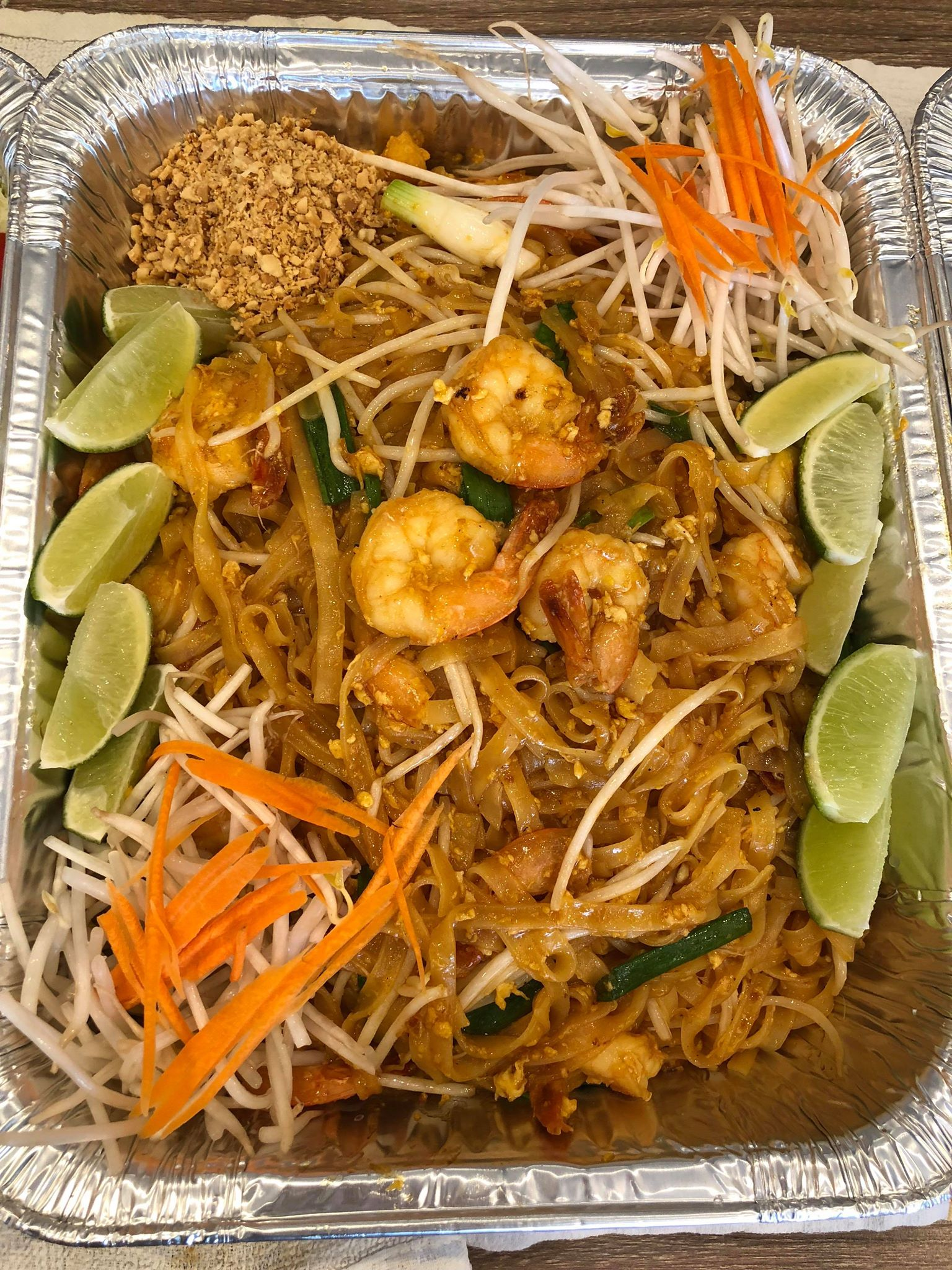 Pad Thai (Party Trays) Image