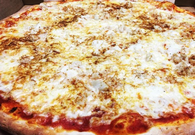 Chesapeake Pizza Image