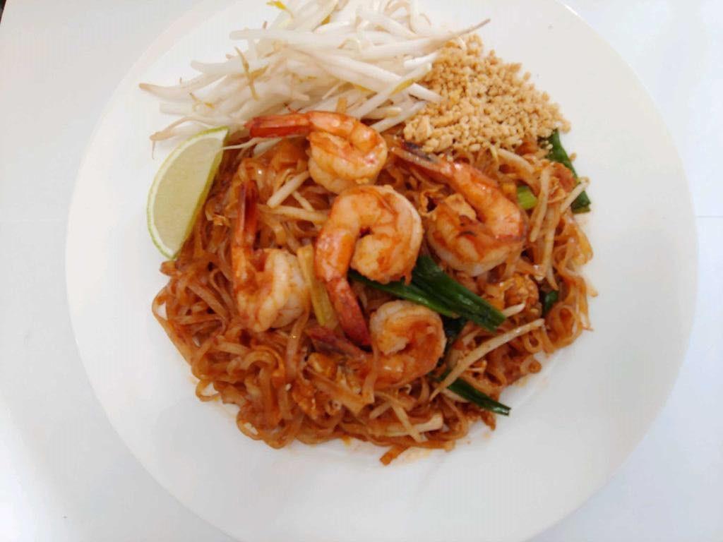 L1. Pad Thai Image