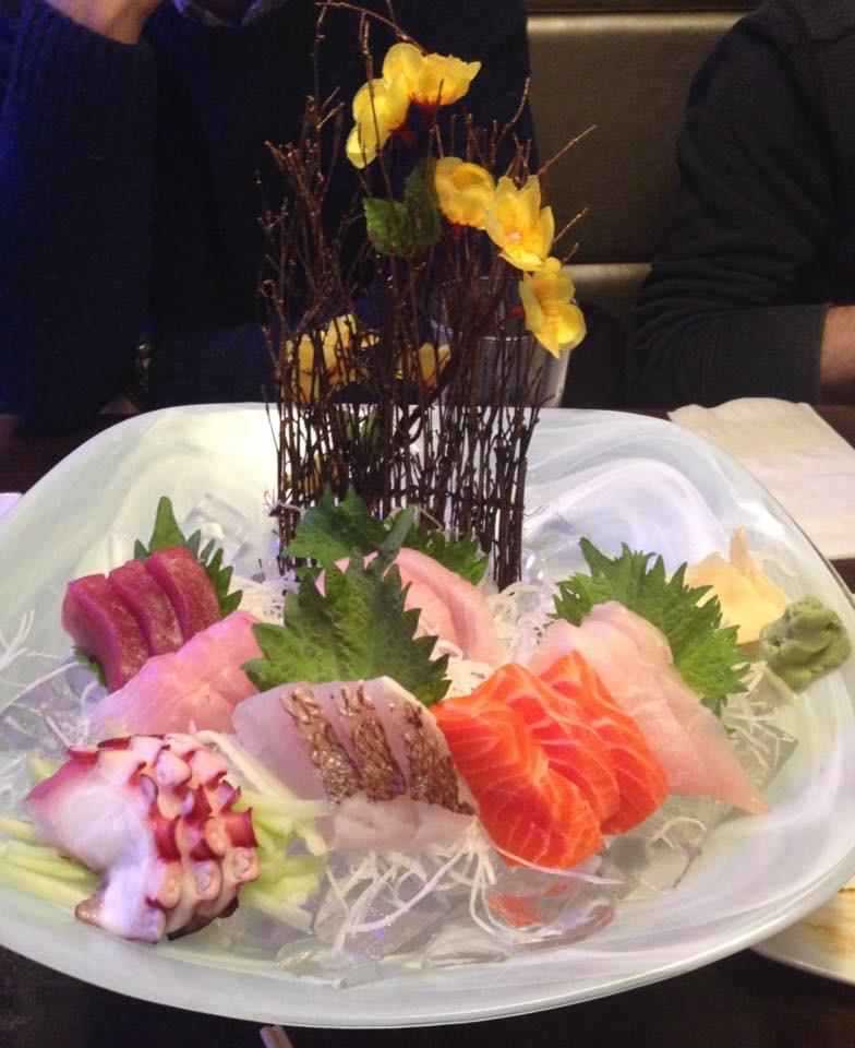 Sashimi Deluxe (21 Pcs)