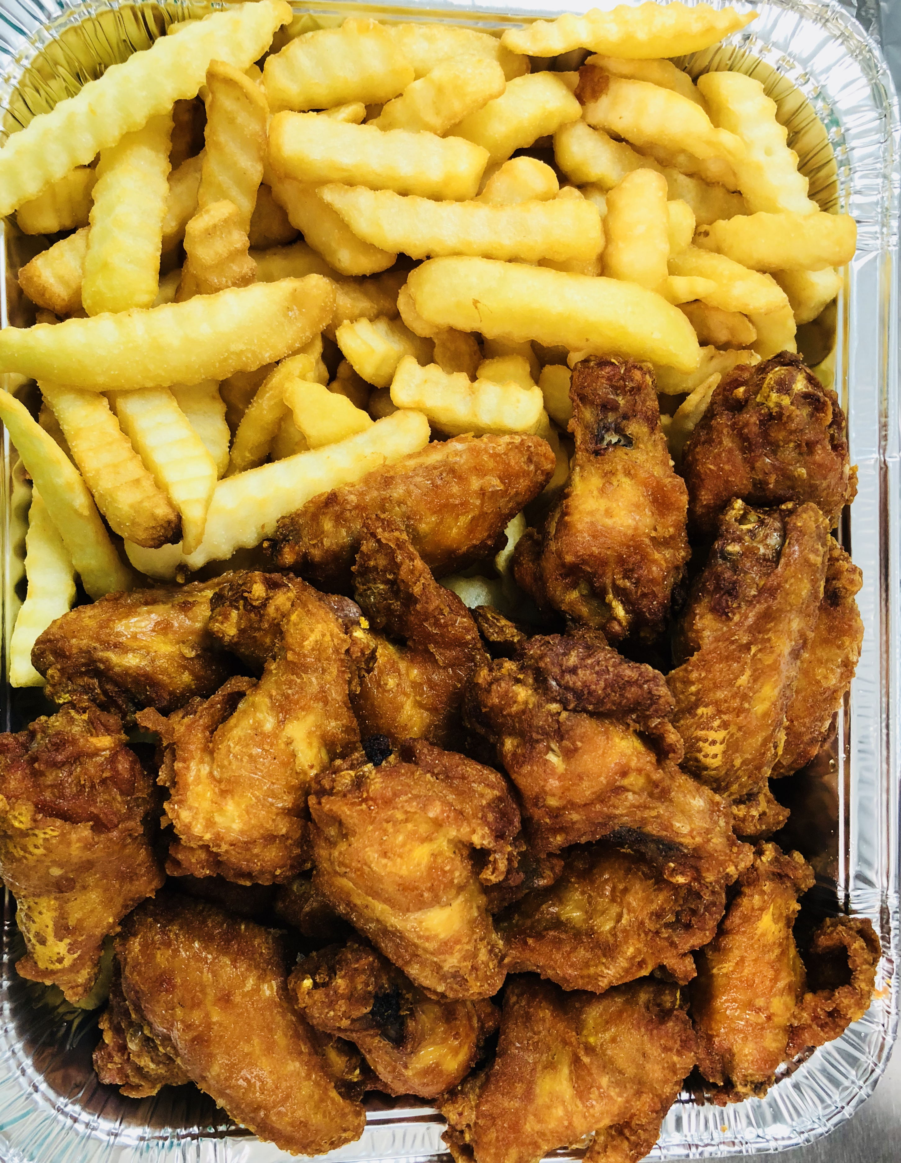 P9. 25 Wings with French Fries