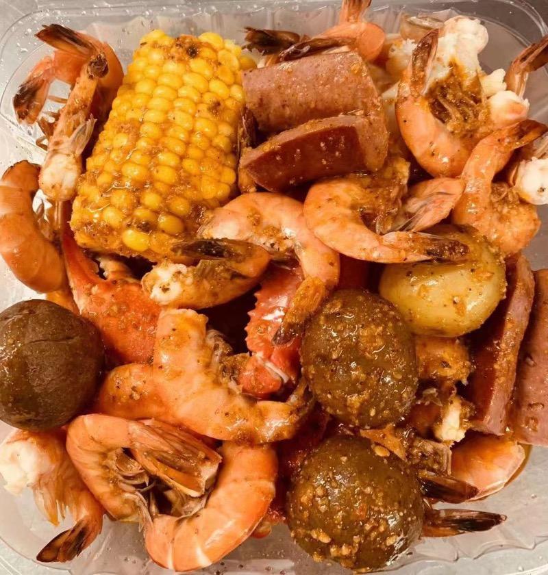 B13. Large Shrimps Shell-on Image