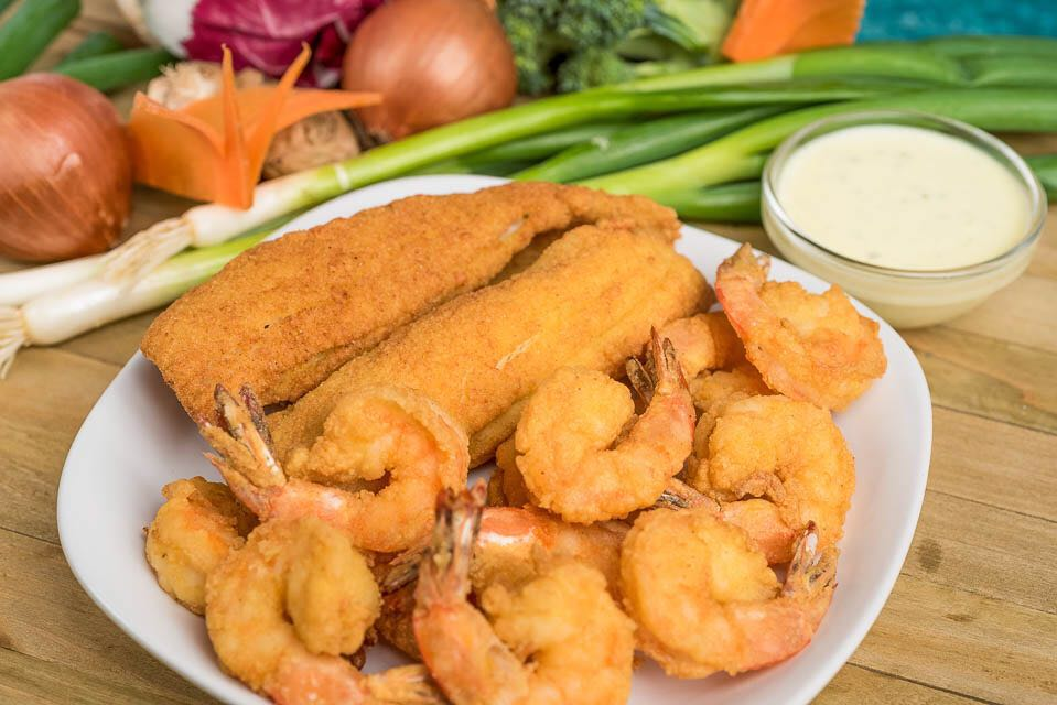 H3. 12 Large Fried Shrimps & 2 Pcs of Fried Fish Image