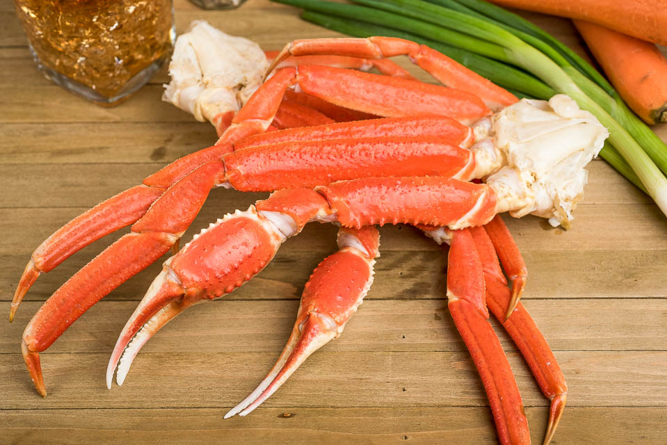 B7. Boiled Snow Crab Legs Image