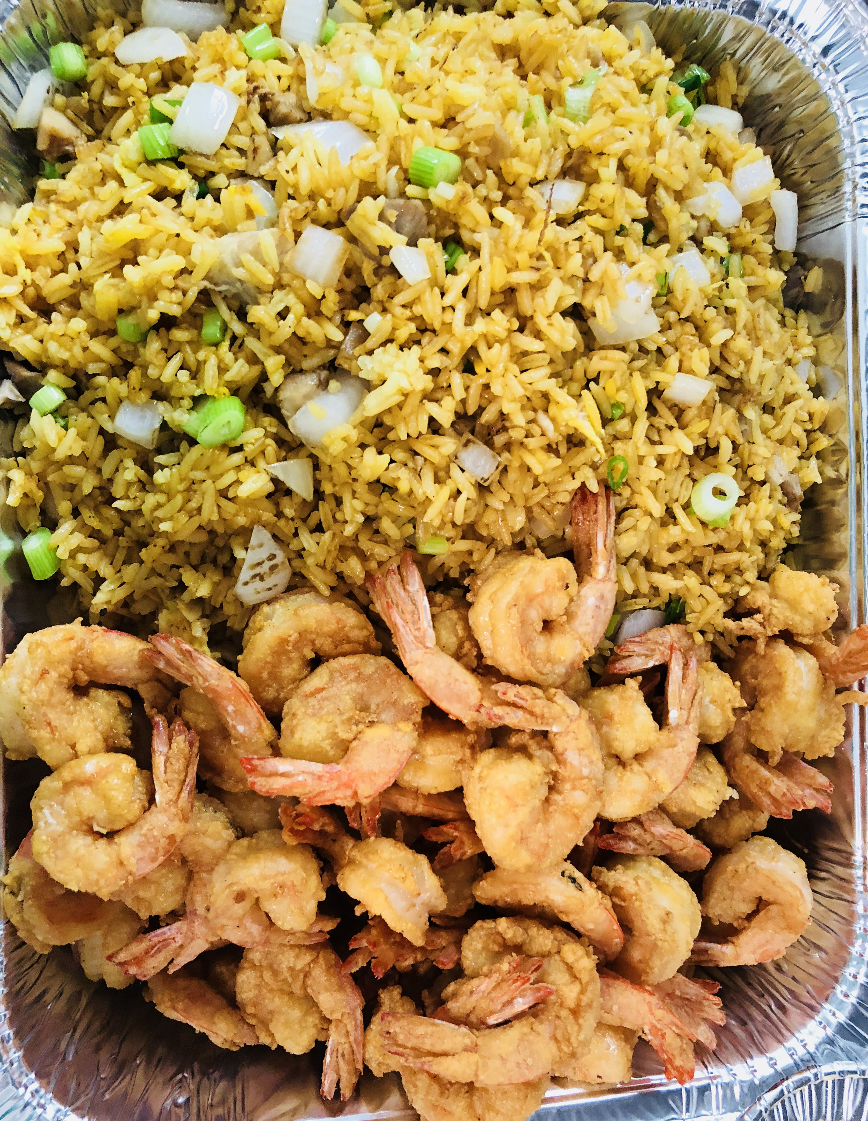 P4. 50 Medium Fried Shrimps with Fried Rice Image
