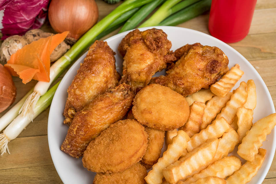 K2. 4pcs Chicken Nuggets & 4pcs Chinese Chinese Wings Image