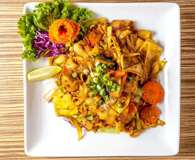 P2. Twisted Yellow Curry Noodles Image