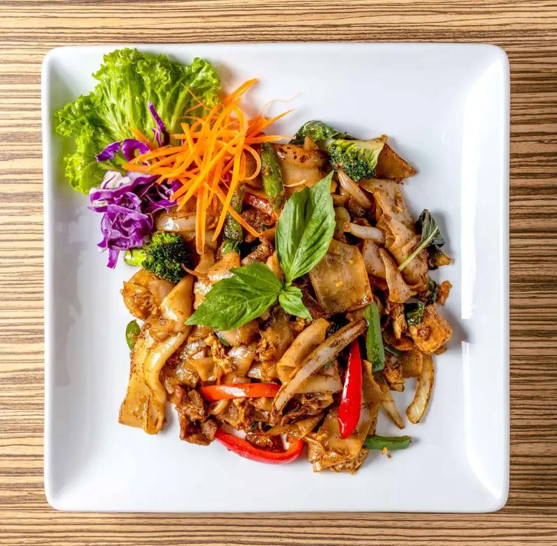 P3. Pad Kee Mao (Drunken Noodles) Image