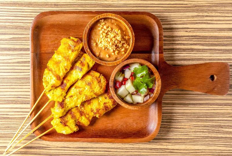 A4. Chicken Satay (4 Pcs)