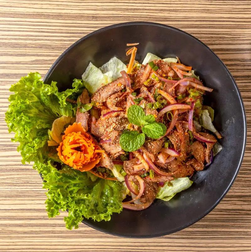 S5. Nam Tok (Grilled Beef Salad)