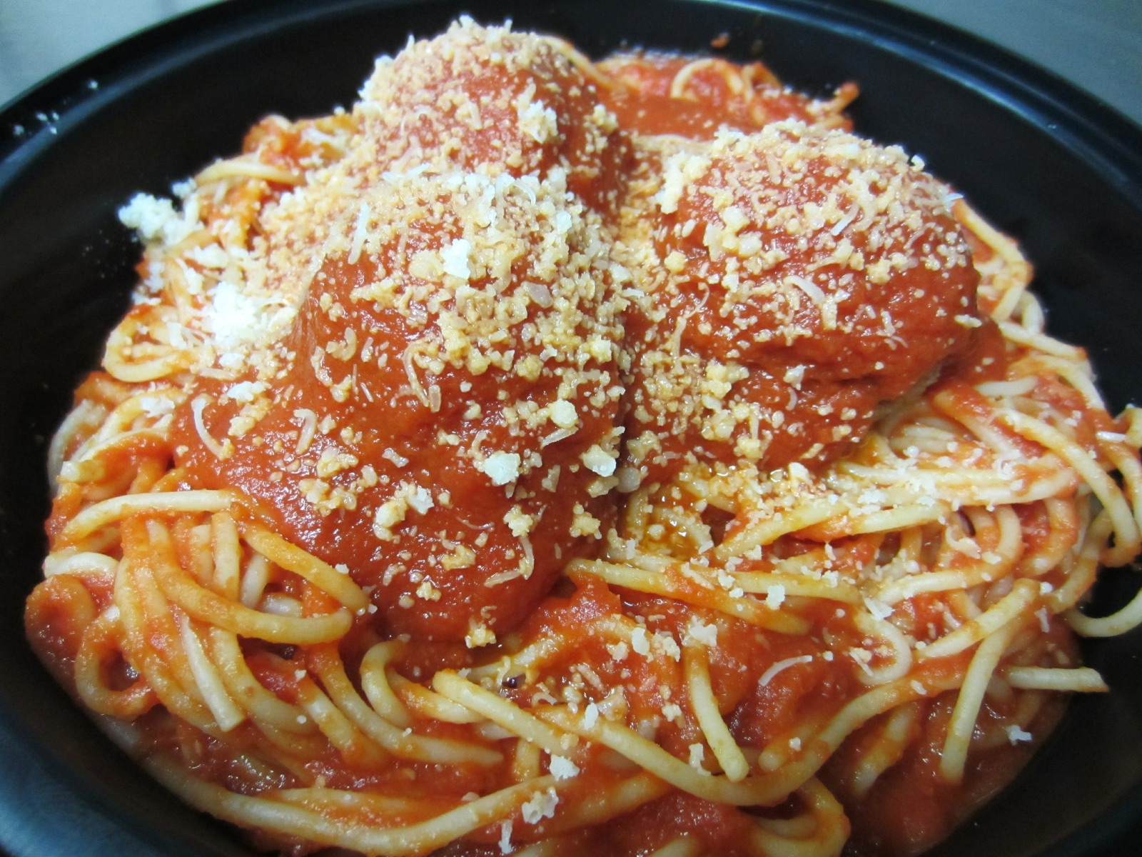 Pasta with Meatballs Image