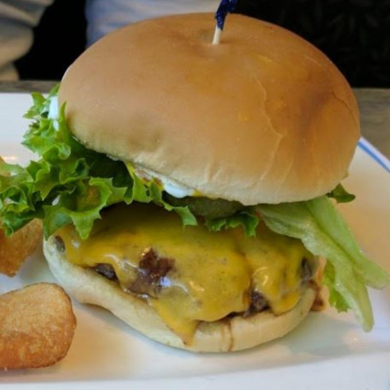 Tommy Burger Image