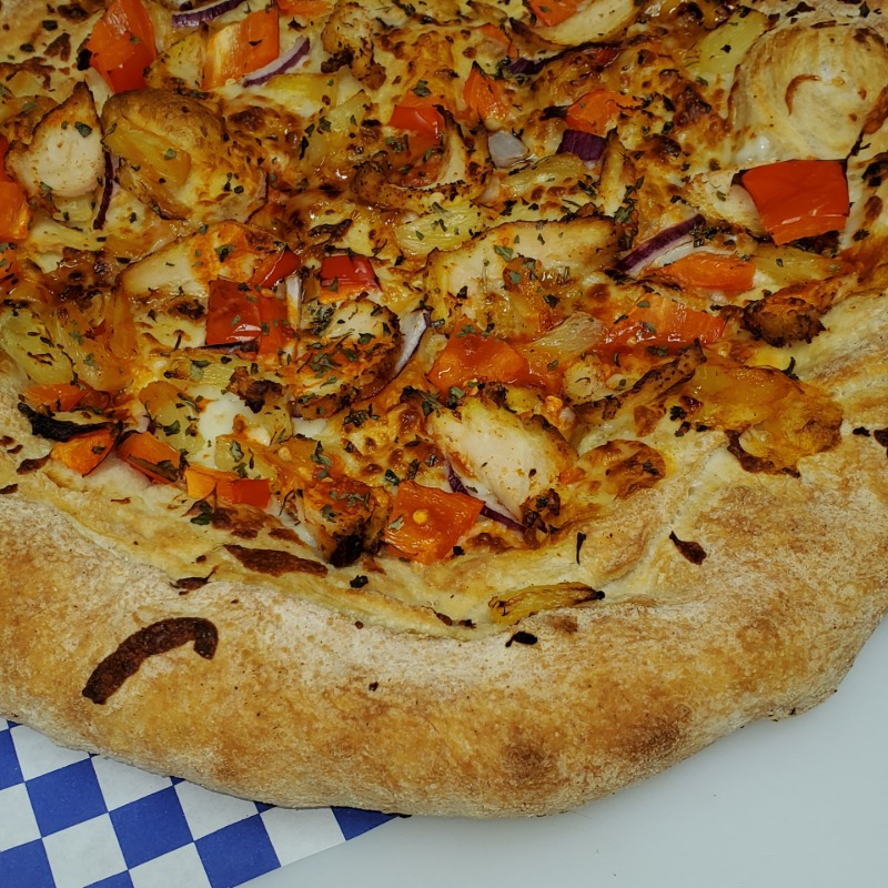 Chili Pepper Chicken Pizza Image