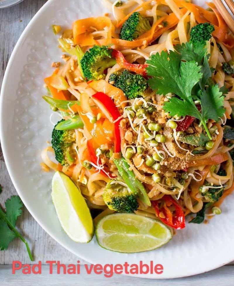 1. Pad Thai Vegetable